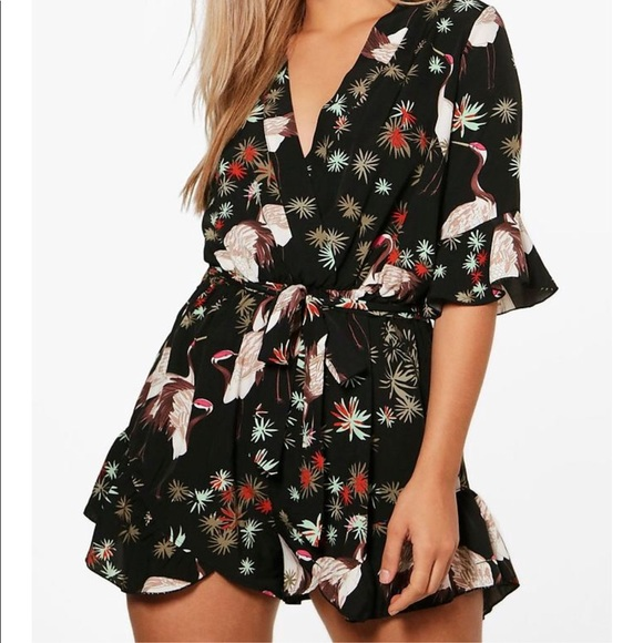 0db3a0d4dc1 NEW Boohoo Plus Size Romper Playsuit
